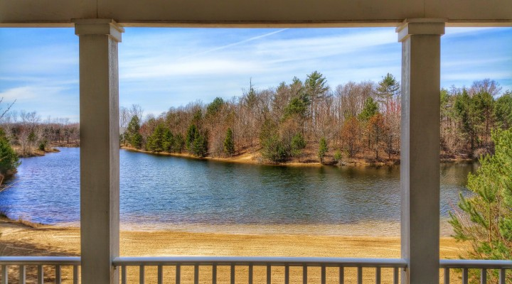Lakefront Homes Near South Haven Michigan